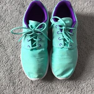 f5c4f0233e299 Nike Shoes - Nike Roshe sneakers women s teal and purple size 7